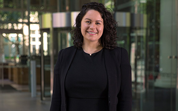 Graduate Katrina Davis started in Swinburne Law School's first student cohort in 2015 and now works at leading law firm Mills Oakley.
