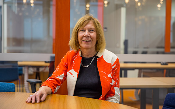 Dr Elaine Saunders brings decades of experience in digital health to her role at Swinburne.
