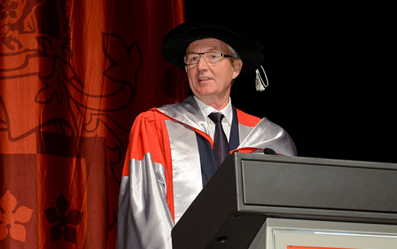 Ross Pilling will chair Swinburne's new Industry Research Advisory Committee. He was awarded an honorary doctorate at Swinburne in August 2016.