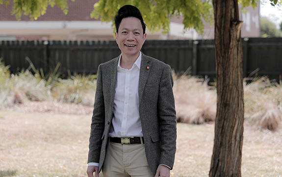 Senior lecturer at Swinburne Business School Dr Jeremy Nguyen.