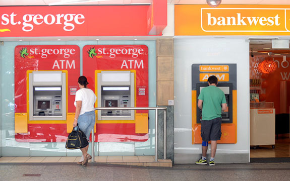 Enabling consumers to keep their bank account numbers when switching institutions will encourage greater competition. AAP Image/Dan Peled