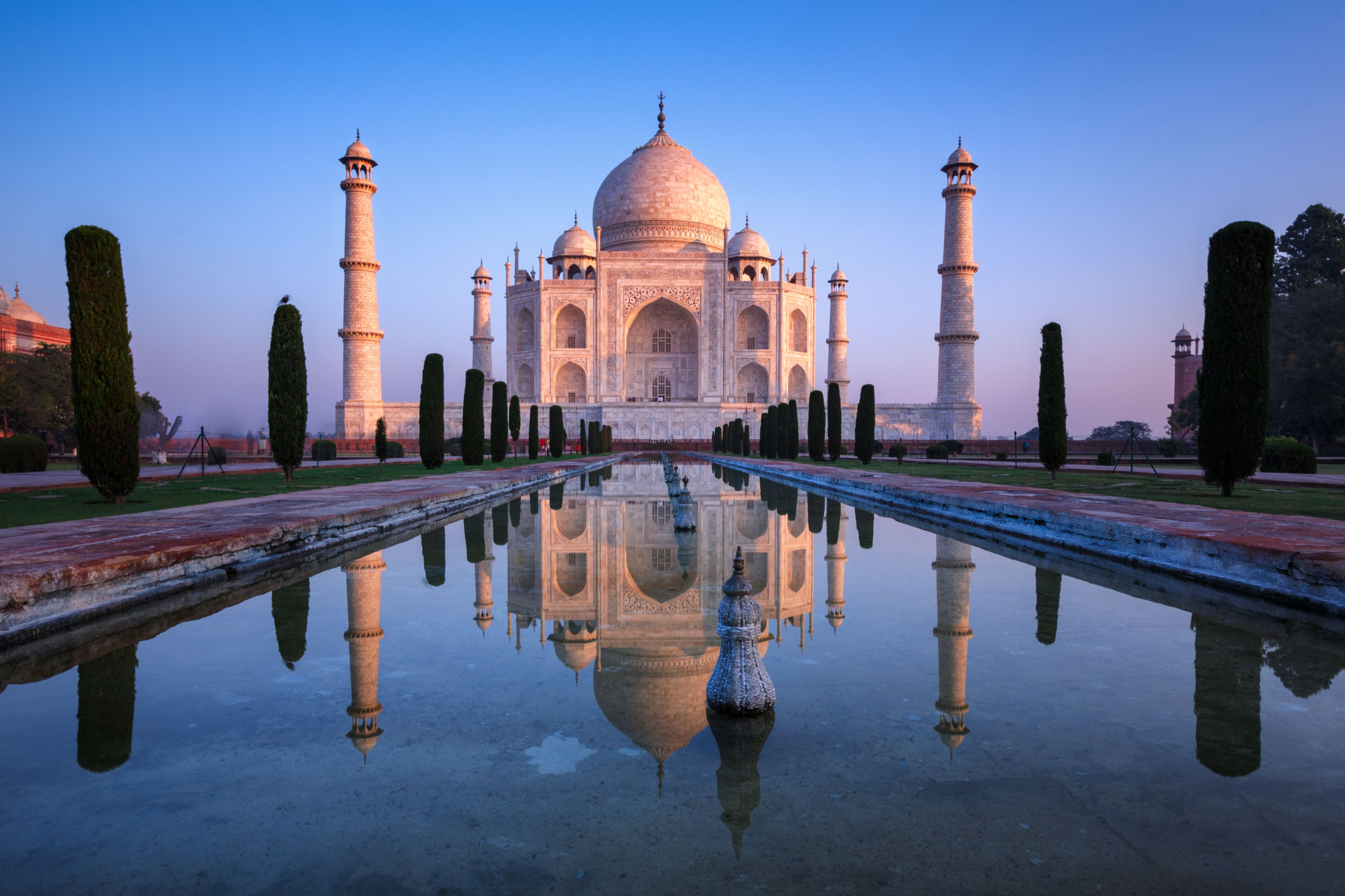 Taj Mahal reflect in sunrise colors