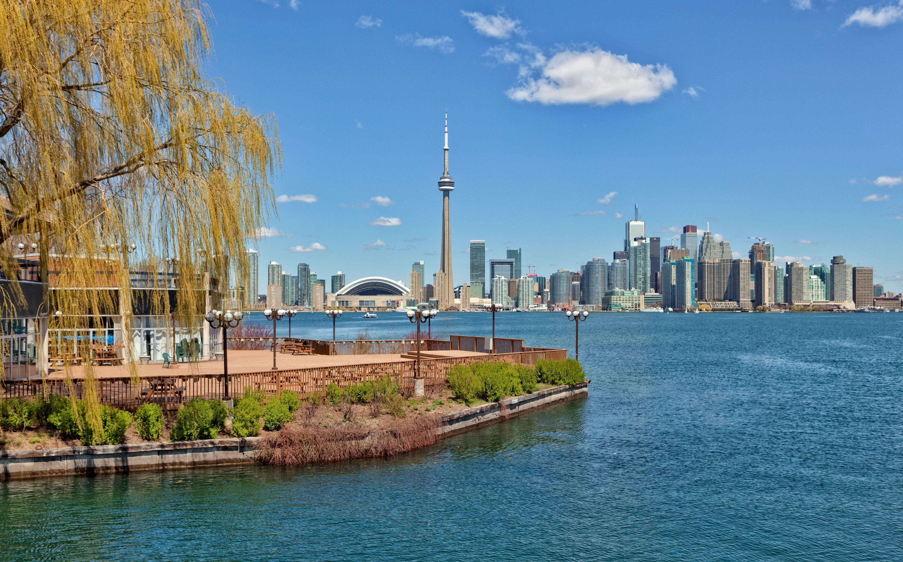 Toronto Island with a view of Toronto city in the background