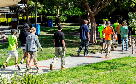 Image of the Swinburne University Croydon campus, with students walking through the campus.