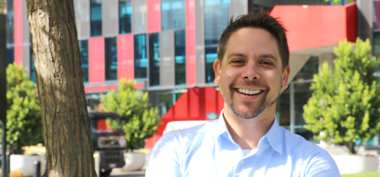 Justin Trounson, a graduate of Swinburne's Doctor of Philosophy (Clinical Psychology)