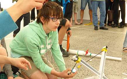 Student at Labrats Science Club