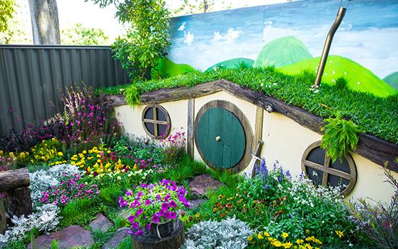 Swinburne talent in full bloom at the 2017 mifgs for Landscape design courses melbourne
