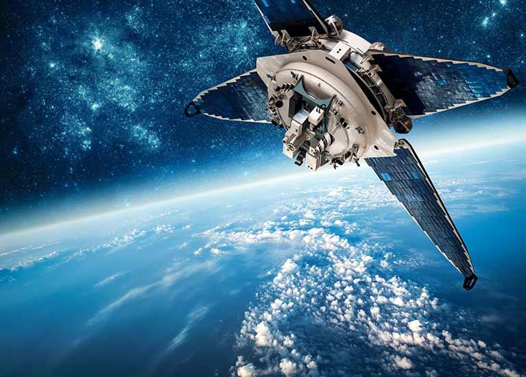 космический корабль и летать мимо небо