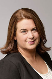 Corporate headshot of Swinburne Professional consultant, Julie Boulter.