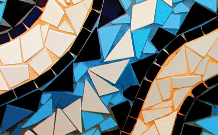 Gaudi colours and patterns. Photo: Les Haines https://www.flickr.com/photos/leshaines123/ Some rights reserved https://www.flickr.com/photos/leshaines123/8534288623/