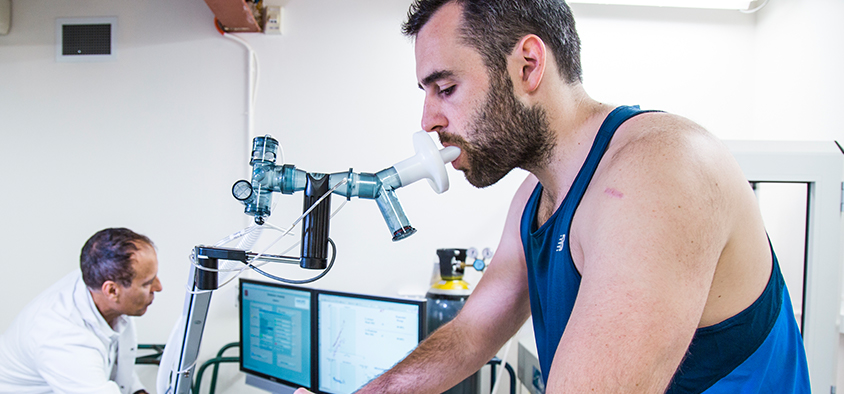 A scientific test of health and wellness is being conducted in an exercise science lab at Swinburne.