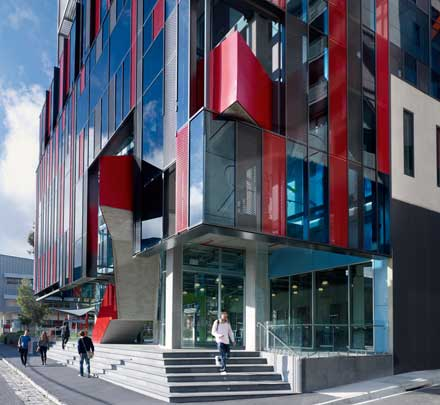A photograph of the George Building, Hawthorn Campus, where the Swinburne Psychology Clinic is located